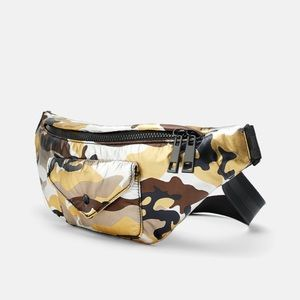 NWT • Zara • Camouflage Crossbody Belt Bag